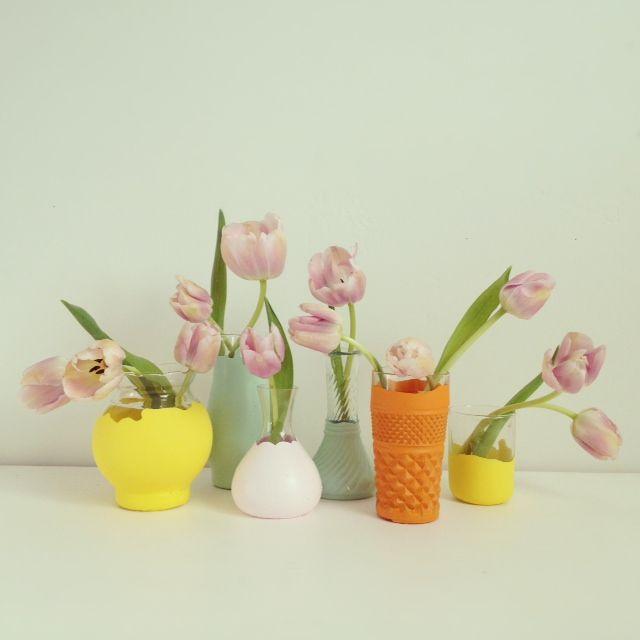 DIY: Paint Dipped Vases: Diy Ideas, Diy'S, Dipped Vases, Fancy House, Flower Vases, Diy Painted Vases