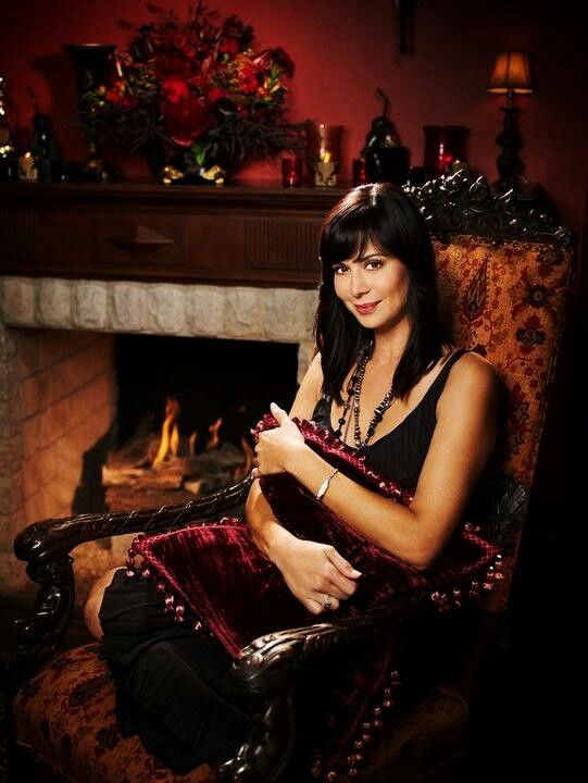 Love Catherine Bell, Love Hallmark Channel, REALLY love The Good Witch Series