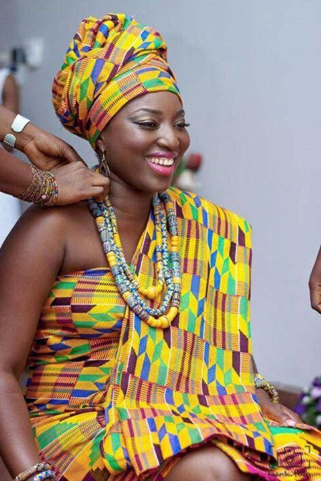 Dieci abiti da sposa tradizionali dal in Ghana !