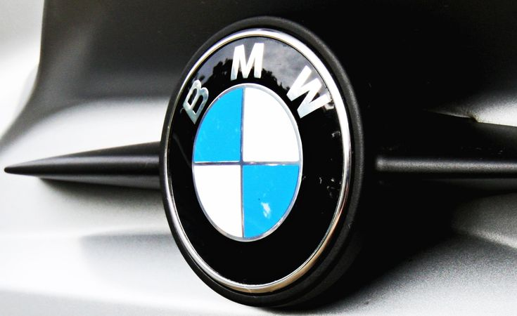 bmw motorcycle logo meaning and history symbol bmw - 736×450