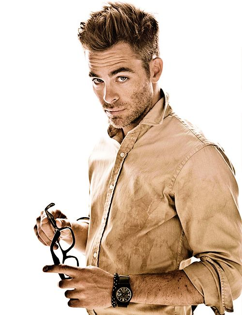 chris pine... love his eyes