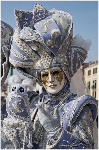slate blue reveler - Venice (myventianmask)
