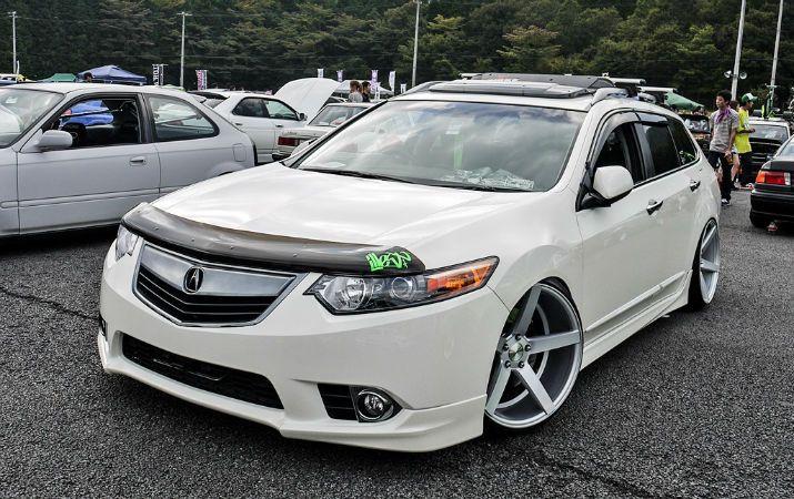 Acura TSX Wagon Slammed