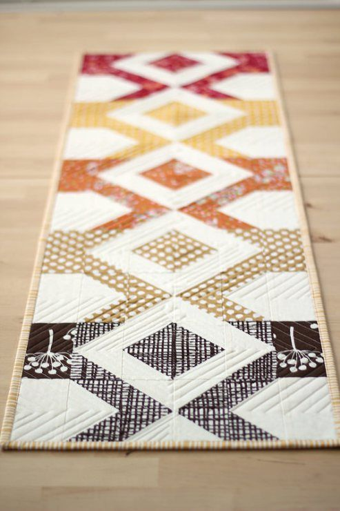 Quilting Table Runner Ideas : Best 25+ Fall Table Runner ideas on Pinterest Quilt ...