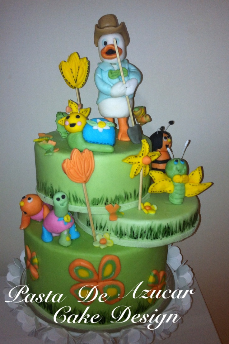 Paperotto . Duckling cake