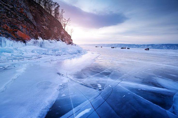 バイカル湖の冬/氷結のバイカル湖、聖地オリホン島とシベリア絶景紀行 8日間