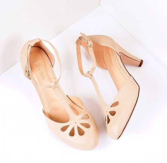 17 Cream Shoes For Bridesmaids And Brides That We Dont Call NUDE