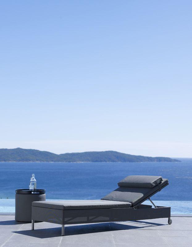 Rest - Sunbed + Footstool - Sidetable