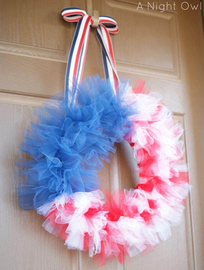 {Thrifty Thursday} A Patriotic Tulle Flag Wreath - A Night Owl Blog
