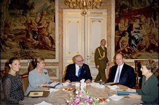 Victoria de Suède, Maria-Teresa de Luxembourg, Albert II de Monaco et Margriet des Pays-Bas à Luxembourg, le 15 octobre 2015