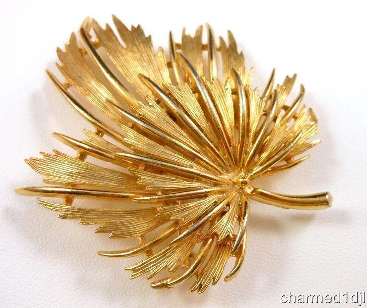 """Vintage LISNER Leaf Brooch Pin Brushed Gold Tone Tiered Wispy Design 2.5"""" SOLD"""
