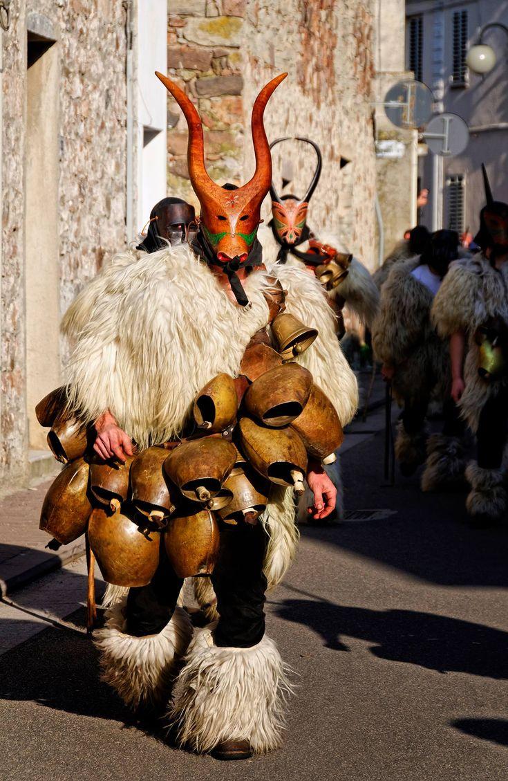 """Boe"" di Ottana (Nuoro) Sardinia-Cerdeña-carnival"