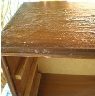 17 mejores ideas sobre muebles viejos en pinterest muebles pintados brillantes armario - Decapar muebles antiguos ...