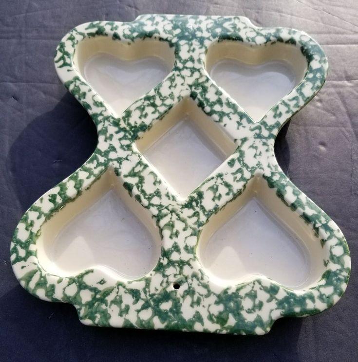 Roseville Ohio Friendship POTTERY USA Made HEART MUFFIN Green Spongeware Mold #American