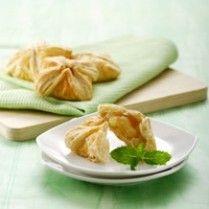 PINEAPPLE PASTRY http://www.sajiansedap.com/mobile/detail/771/pineapple-pastry