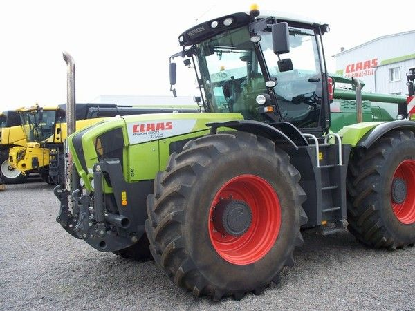 Tracteur Claas - Xerion 3300 335 ch