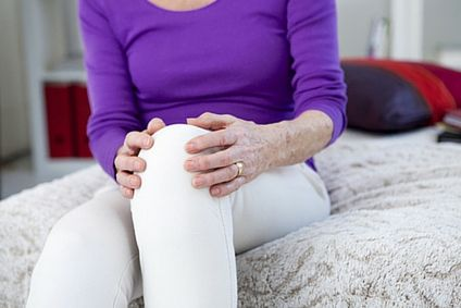 Arthritis Knee Pain - Discover the common symptoms, what to expect, and remedies to reduce the pain and get you moving again