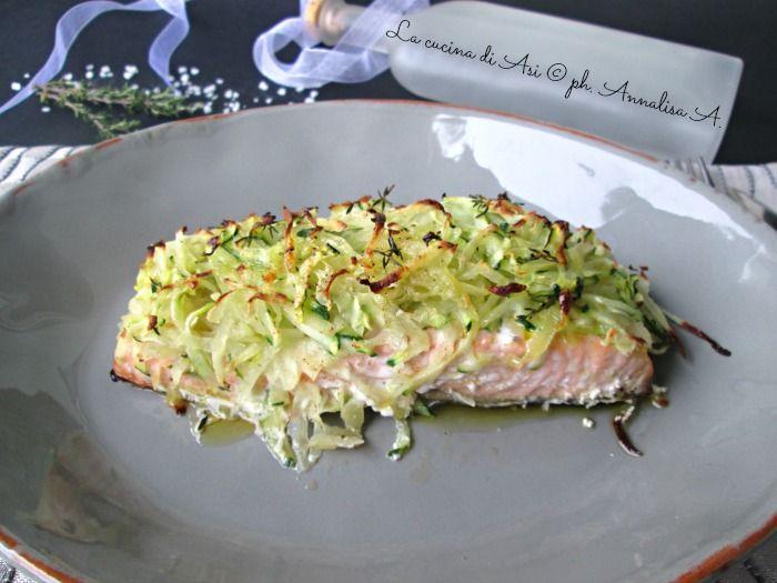 Il salmone al forno con patate e zucchine è un ottimo secondo pieno di sani nutrienti e di grande bontà La cucina di ASI
