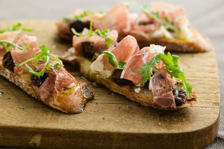 Prosciutto Crostini with Dried Cherries and Goat Cheese