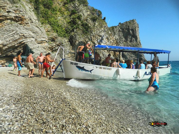 "Fish picnic next to Canj "" Little Zakynthos "", Montenegro, Nikon Coolpix L310, 4.5mm,1/250s,ISO80,f/8.7,-0.3ev, HDR photography, 201607071603"