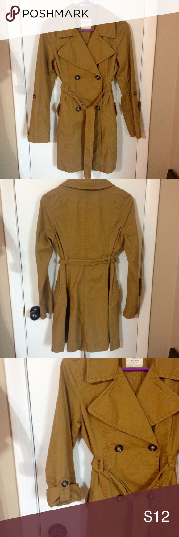 Old Navy lightweight trench coat Tan lightweight trench coat from Old Navy. Sash ties around waist through belt loops, two pockets and sleeves can be rolled up and buttoned. I wore this twice, great lightweight jacket. Old Navy Jackets & Coats Trench Coats