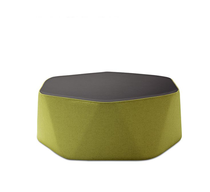 PERSEO L, design Philippe Bestenheider. A family of contoured ottomans whose top determines a hexagonal shape while the body expresses in a controlled manner, the slight deformation which occurs when the seat is compressed by a weight. Available in three different heights and sizes, in all leather or leather and fabric versions.