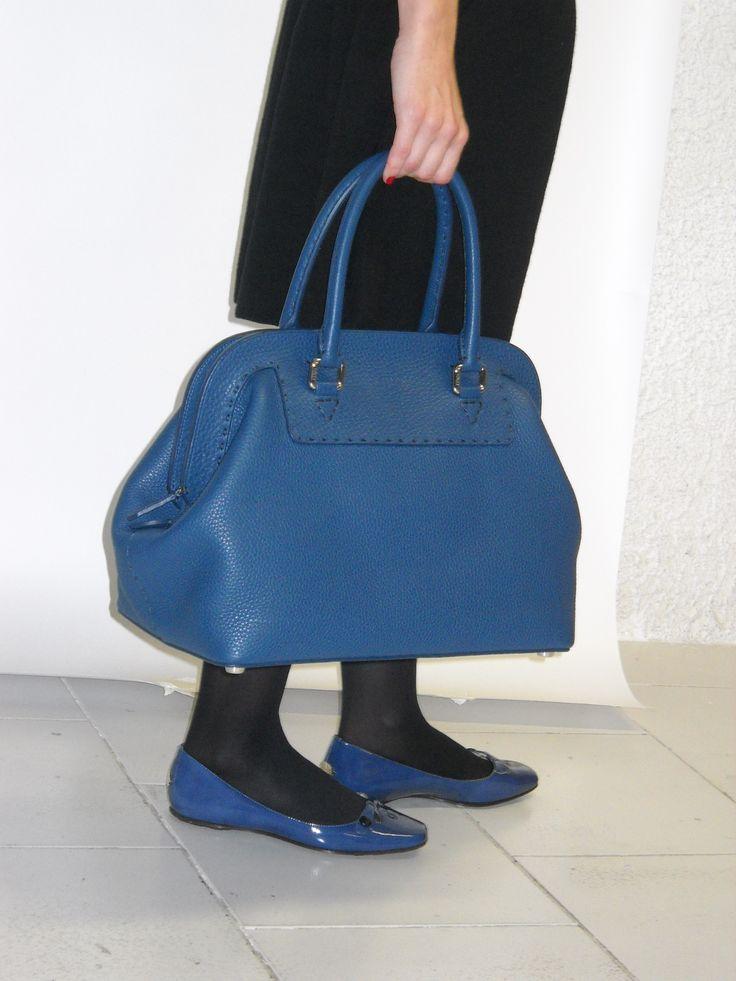Blu di Adele Fendi... borsa unica disponibile da noleggiare su www.rentfashionbag.it !!