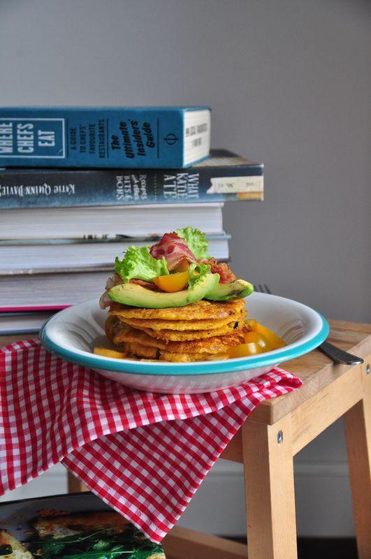 Placki z kaszy jaglanej i kurkumy | Make Cooking Easier