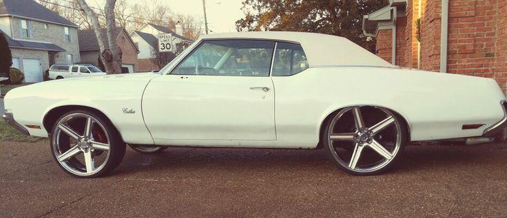 """Porsche Of Tampa >> 72 cutlass tucking 24s   1972 cutlass custom 24""""   Pinterest"""