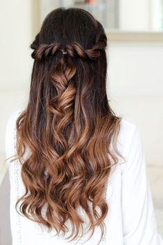 Luxus-Hälfte bis zur Hälfte Hochzeit Haar mit Stirnband