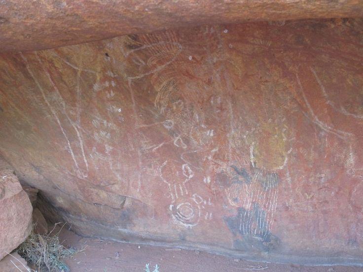 Uluru. Cave painting.