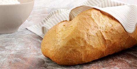Recept på trevligt franskbröd där du kan välja att göra långfranska eller småfranska. Passar både till frukosten och till kvällsfikat, härligt att rosta!