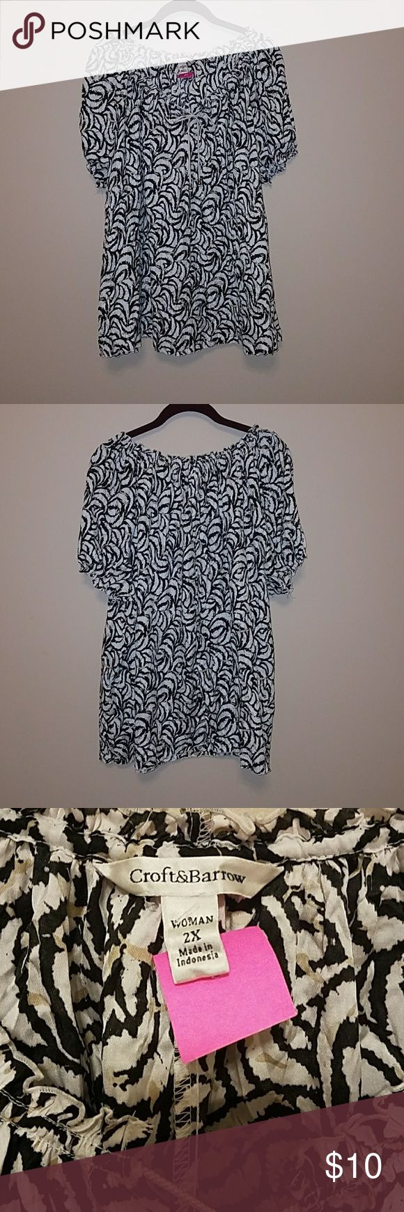 CROFT & BARROW Ladies Short Sleeve Blouse Size 2X Short Sleeve tie neck gathered blouse by Croft & Barrow.  Cute black and white pattern with touches of gold. Elastic at bottom of the sleeve. Great condition! Size 2X. croft & barrow Tops Blouses