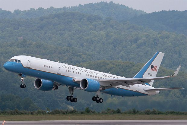 US Air Force two arrives. Vice President Biden to attend 2016 Espy awards in Los angeles Ca