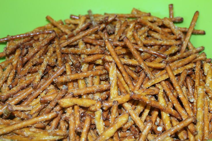 combine with DIY ranch packs for lactose free options Ranch Pretzels - Julie's Eats & Treats