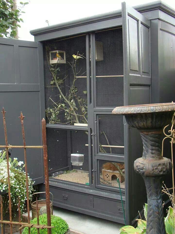 diy bird cage! how beautiful!! Leuk idee voor onze oude kast ♡