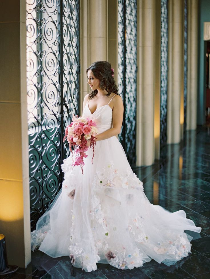 462 best bouquets images on pinterest bridal bouquets