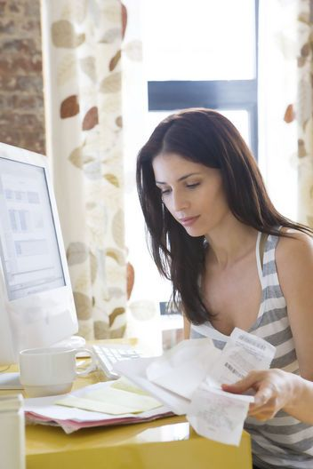 Short term cash advance loans are greatest monetary assistance for the borrowers to deal with unwanted cash hurdles in mid of the month without any hassle.