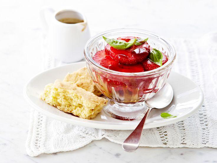 Voir la recette de la salade de fraises au basilic