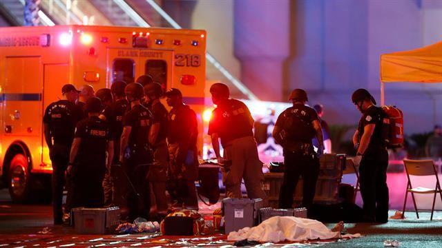 Tiroteo en Las Vegas: suben a 58 los muertos y a más de 500 los heridos en un festival de música country  Un fuerte operativo se montó en el lugar del tiroteo. Foto: Reuters