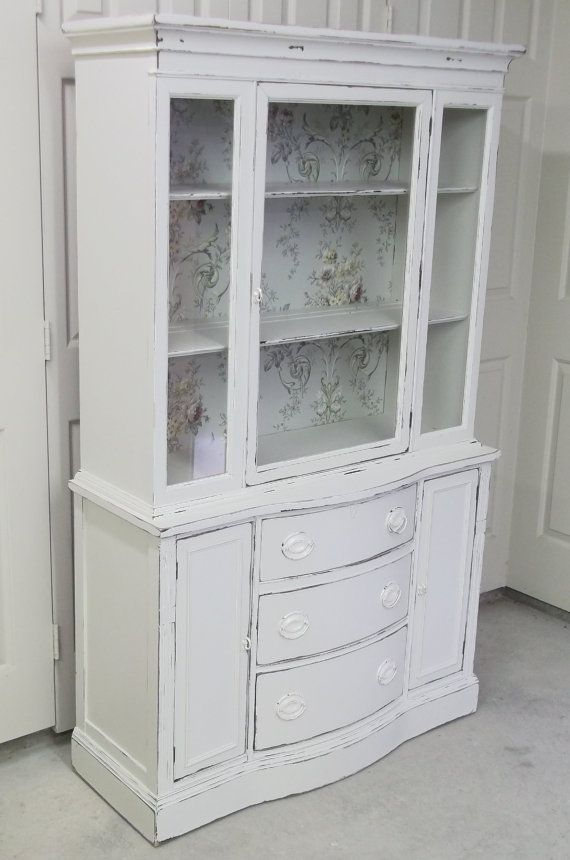 Hey, I found this really awesome Etsy listing at https://www.etsy.com/listing/182702346/shabby-cottage-white-duncan-phyfe-style