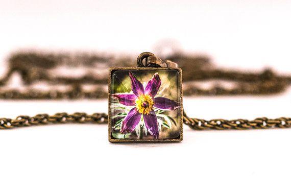 Pulsatilla Necklace