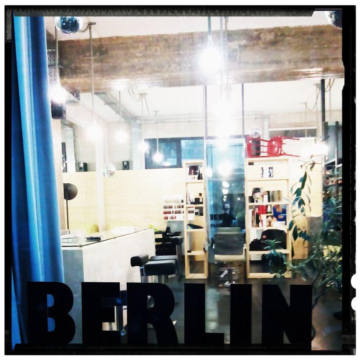 Λυκαβηττός (Lycabettus) στην πόλη Αθήνα, Αττική ΚΟΝΙΑΡΗ 45 Λ.ΑΛΕΞΑΝΔΡΑΣ Hair Styling IN BERLIN