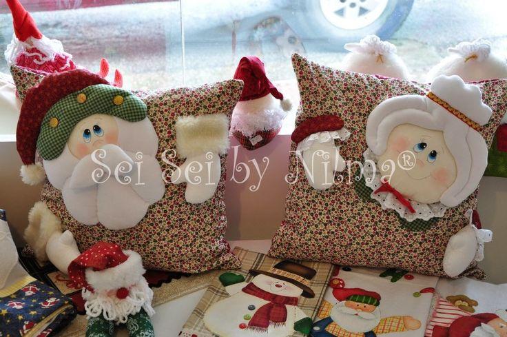 Almofadas Papai e Mamãe Noel