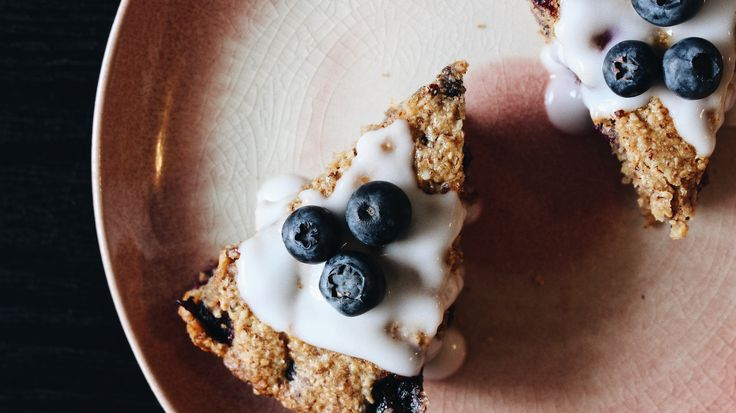 Almond-blueberry scones (paleo)