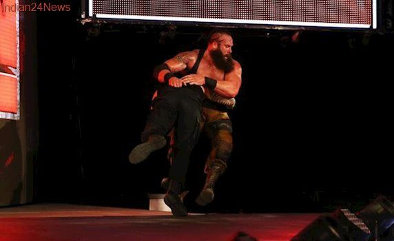 WWE Raw results: Roman Reigns attacks Braun Strowman offstage, The Miz defends Intercontinental title