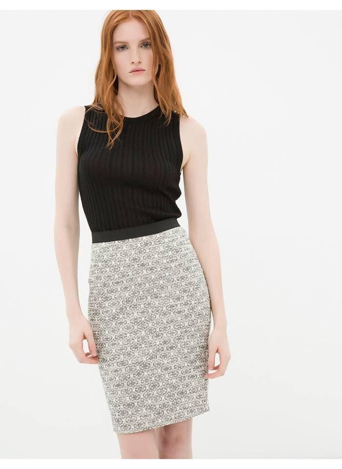 9efa0a972e0a3 RE Armitage adlı kullanıcının YERLİ GİYİM MARKALARI panosundaki Pin |  Sequin skirt, Skirts ve Fashion