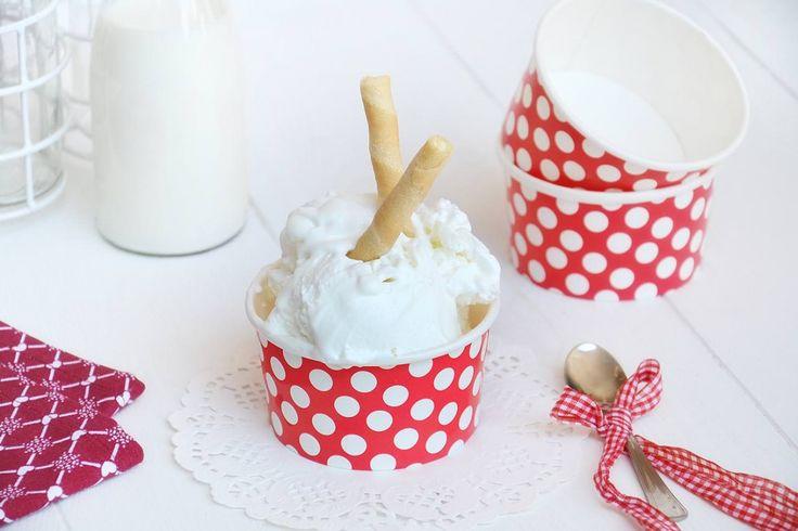 Il gelato fior di latte è un gelato composto da latte, panna, zucchero, ha un gusto abbastanza neutro ed è un'ottima base per ogni gelato. Visto che