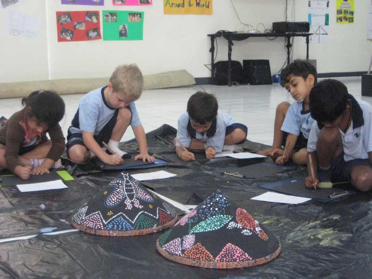 Students enjoyed creating their own dot artwork on traditional hats with our visiting Artist Pak Lukman. (ACG Jakarta)