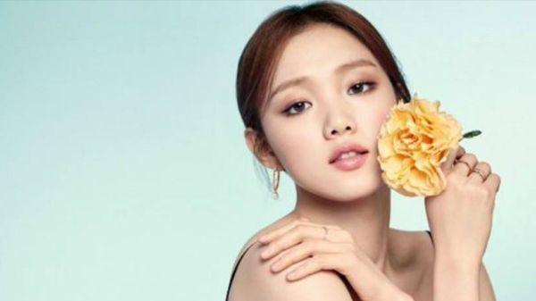 Si Cantik Lee Sung Kyung Bintangi Drama Baru Weightlifting Fairy Kim Bok Ju